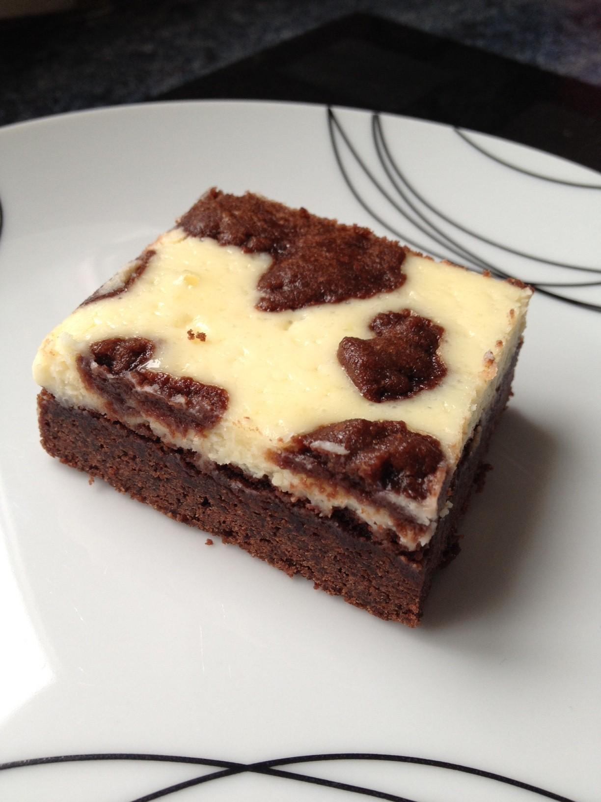 Black & White Chocolate Cheesecake Bars | Baking Bad